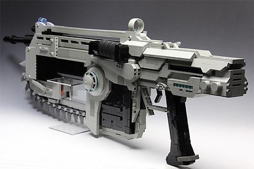 銃のグリップ レゴで作られた銃 ギアーズオブウォーのランサーアサルトライフルを再現