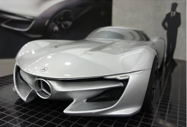 メルセデス・ベンツ 新型SLコンセプトのモデルメイキング クレイ作業