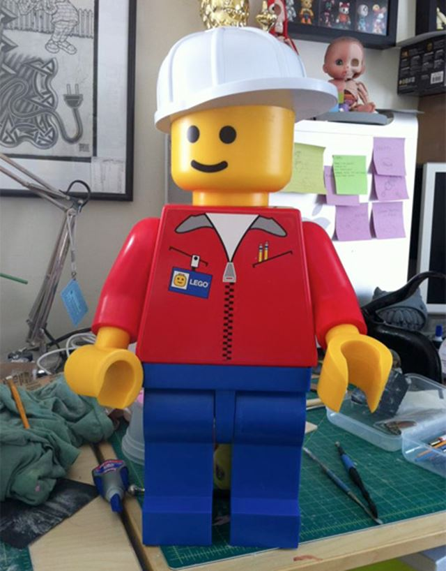 加工する前のレゴのジャンボフィグ レゴの解剖学/Lego anatomy