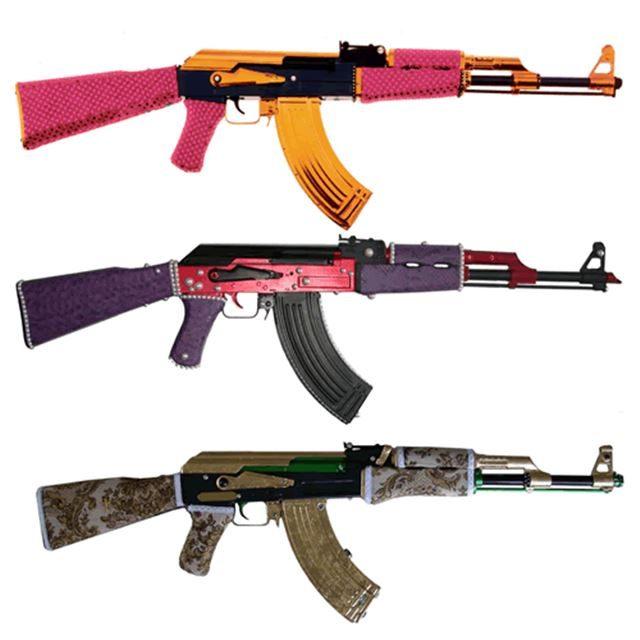 実銃AKー47のカスタム デコレーション 自動小銃/アサルトライフル 1