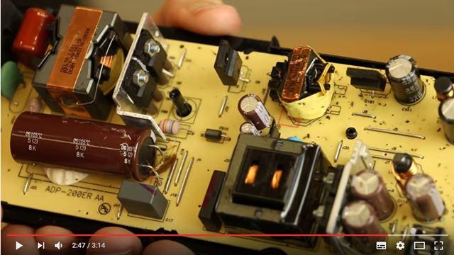 PS4の内部にゴキブリが進入して故障する